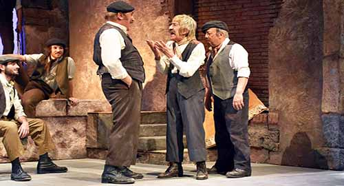 Nella foto di Dino Stornello, Miko Magistro, Tuccio Musumeci ed Enrico Manna in scena