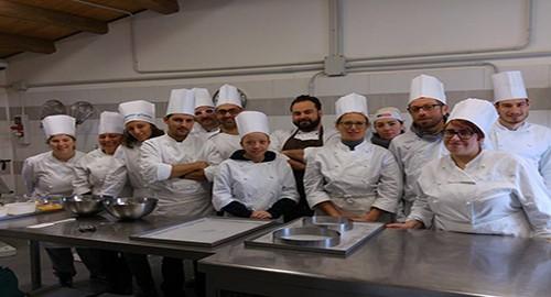corsi gratuiti di cucina e pasticceria al jobbing centre di ragusa corsi