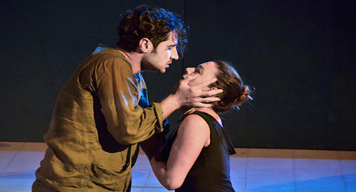 Nella foto in scena Angelo D'Agosta e Liliana Randi