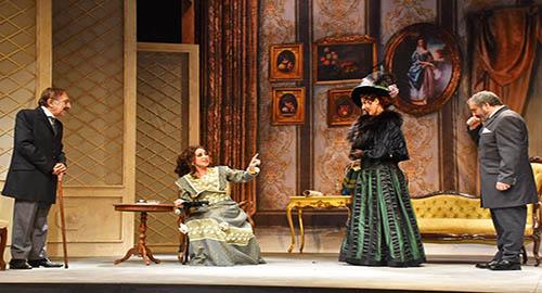 Una scena dello spettacolo con Tuccio Musumeci,  Rossana Bonafede, Maria Rita Sgarlato e Turi Giordano (Foto Dino Stornello)