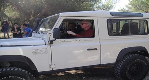 Il presidente Uic, Salvatore Albani alla guida di un fuoristrada