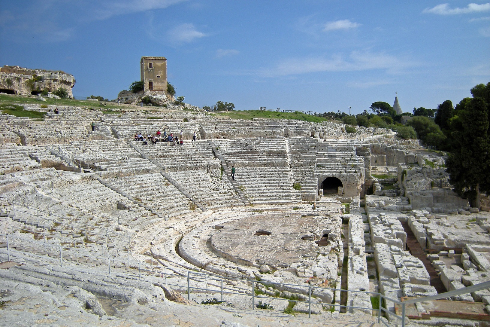 Siracusa teatro greco cronaca oggi quotidiano for Cronaca galatina oggi